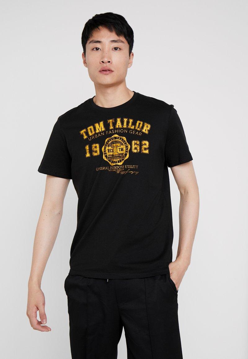 TOM TAILOR - LOGO TEE - T-shirt con stampa - dark greyish black