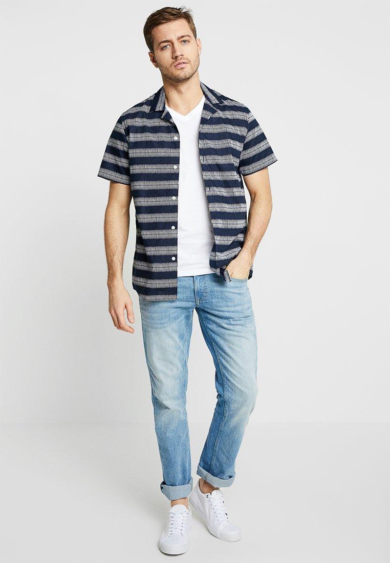 TOM TAILOR - V-NECK TEE 2 PACK - Camiseta básica - white