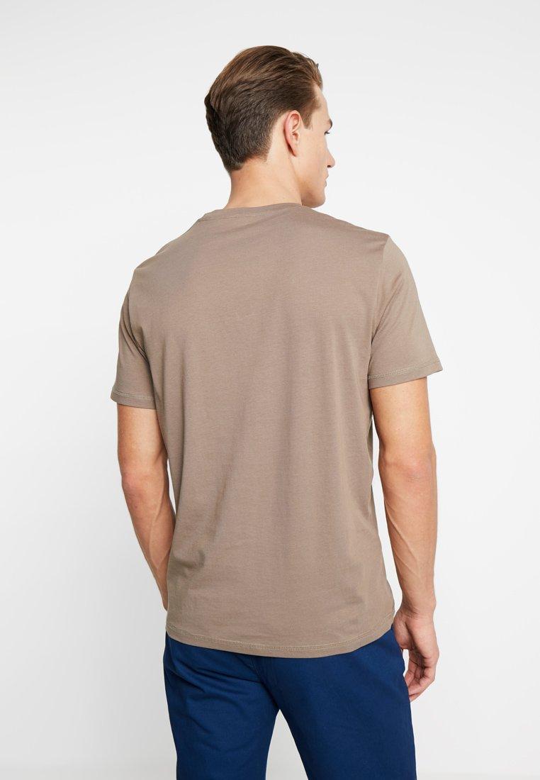 Crew Tailor Neck Imprimé brown Tom Dark shirt TeeT Greige K1clFJT3