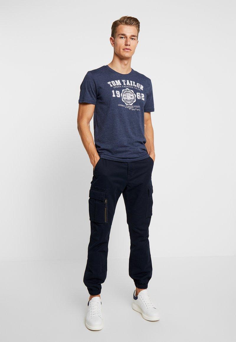 TOM TAILOR - BASIC 2 PACK - T-shirt z nadrukiem - real navy blue/white