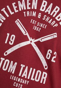 TOM TAILOR - Print T-shirt - fathers pipe red - 5