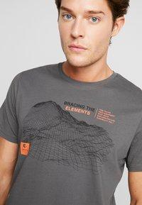 TOM TAILOR - Print T-shirt - magnet - 4