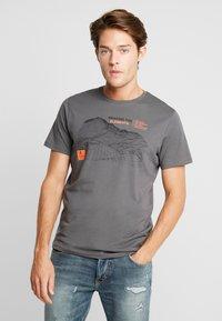 TOM TAILOR - Print T-shirt - magnet - 0