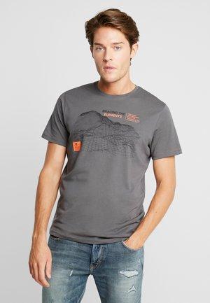 Print T-shirt - magnet