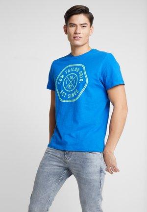 SLUB - T-shirt z nadrukiem - victory blue