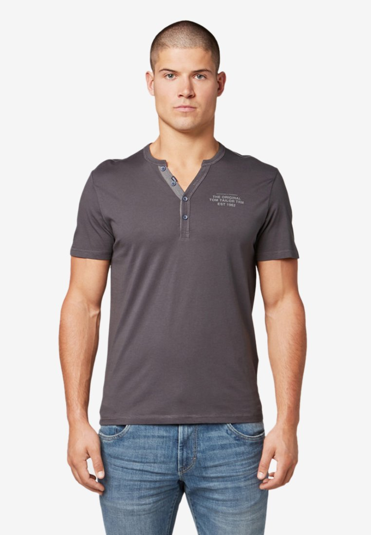 TOM TAILOR - MIT PRINT - T-Shirt print - tarmac grey