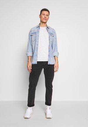 BASIC T-SHIRT 3 PACK - T-shirt z nadrukiem - middle grey melange