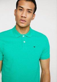TOM TAILOR - BASIC - Koszulka polo - cucmber green - 2