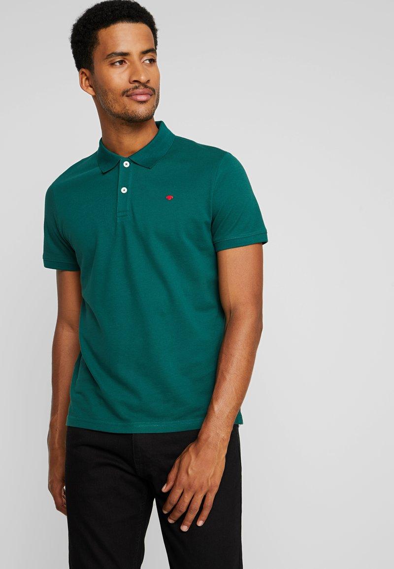 TOM TAILOR - BASIC - Polo - fairway green