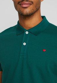 TOM TAILOR - BASIC - Polo - fairway green - 5