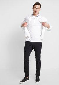 TOM TAILOR - BASEBALL COLLAR - Jednoduché triko - white - 1