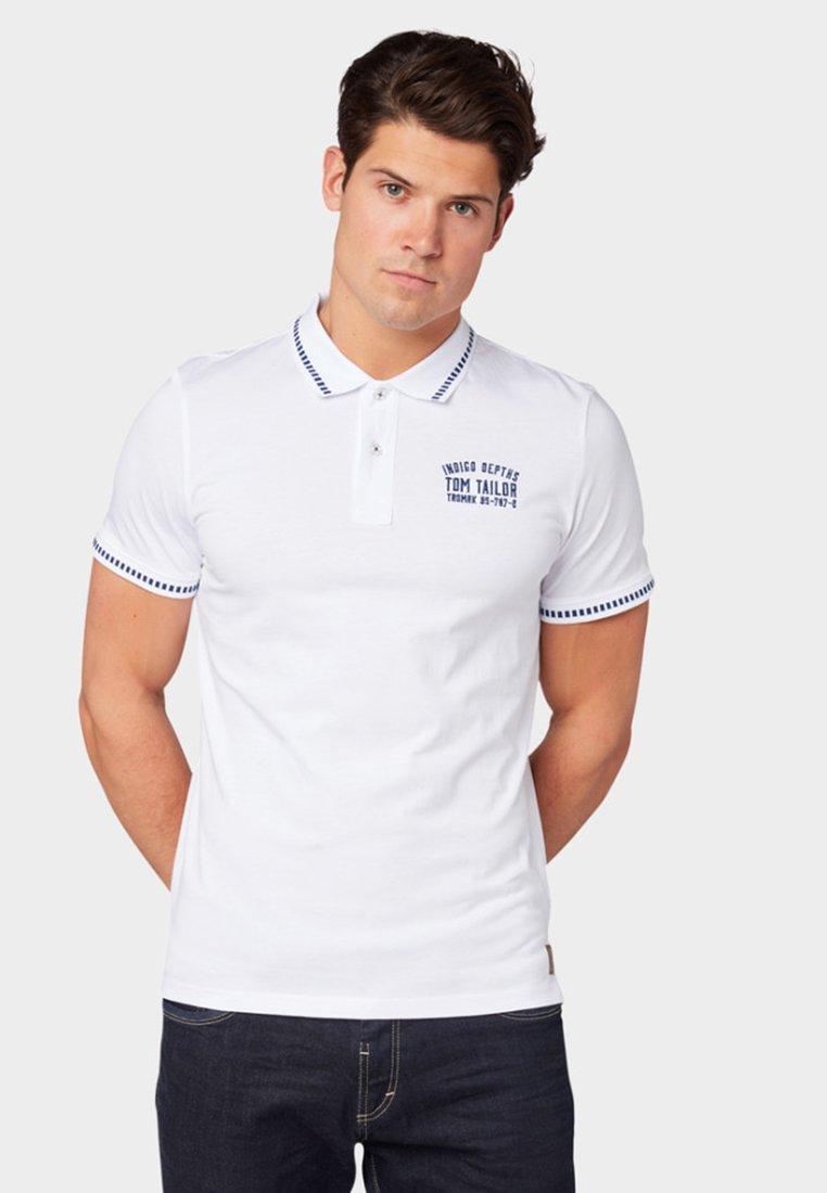 TOM TAILOR - MIT STICKERE - Poloshirts - white