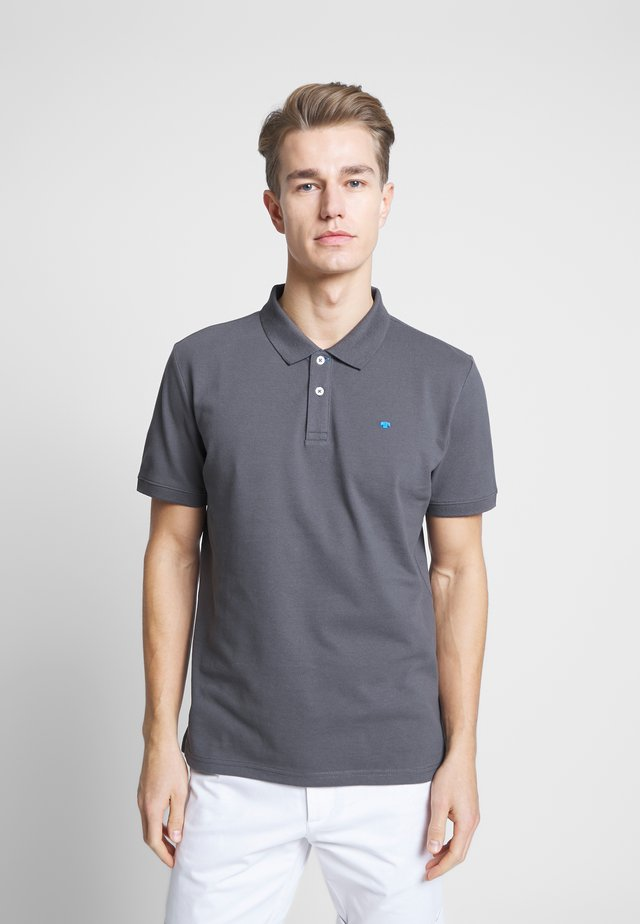 BASIC WITH CONTRAST - Polo shirt - tarmac grey