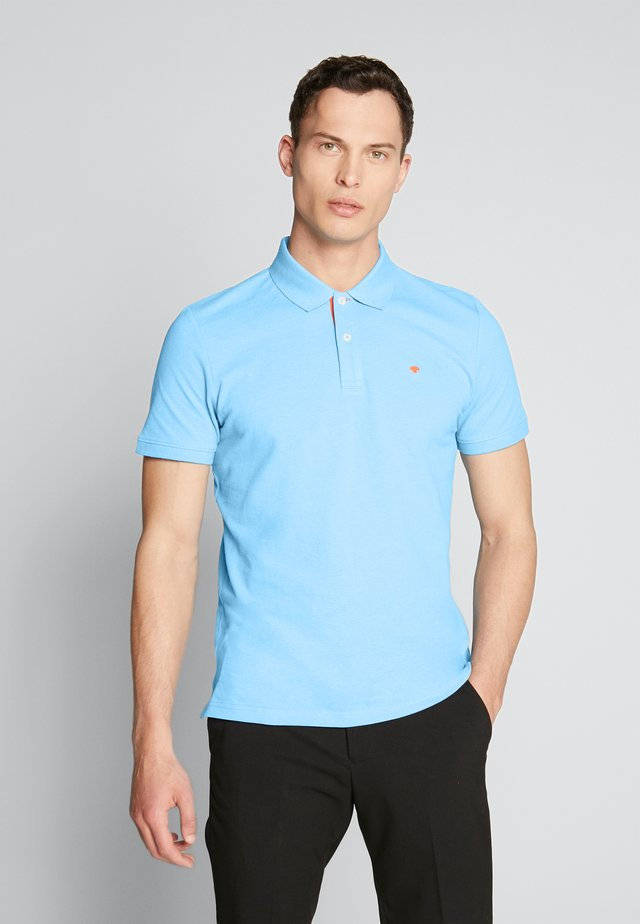 BASIC WITH CONTRAST - Poloshirt - soft cloud blue