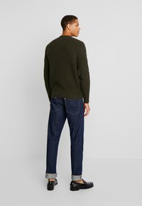 TOM TAILOR - FISHERMAN CREW NECK  - Jumper - mud olive - 2