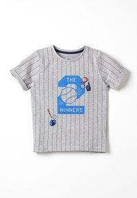 TOM TAILOR - STRIPED - Camiseta estampada - drizzle melange - 0