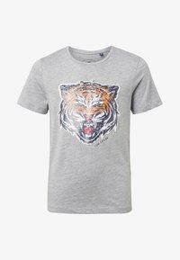 TOM TAILOR - MIT PAILLETTEN-ARTWORK - T-shirt imprimé - grey - 0