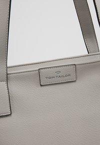 TOM TAILOR - MIRI ZIP  - Shopper - grau - 7