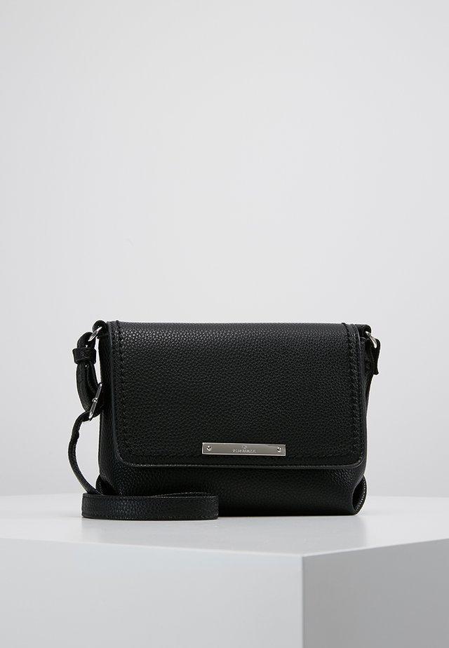 LOU FLAPBAG - Across body bag - black