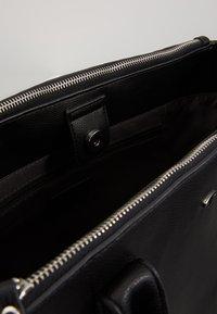 TOM TAILOR - ROMA - Håndtasker - black - 4