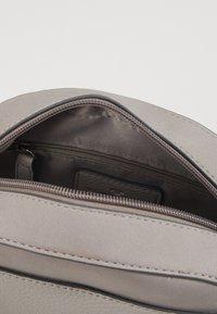 TOM TAILOR - FANO - Across body bag - mid grey - 5