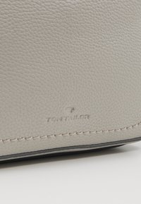 TOM TAILOR - FANO - Across body bag - mid grey - 2
