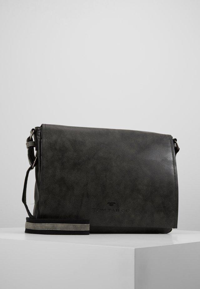 NILS - Across body bag - black