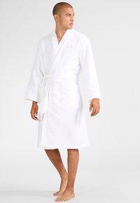 TOM TAILOR - BASIC KIMONO - Dressing gown - white - 1