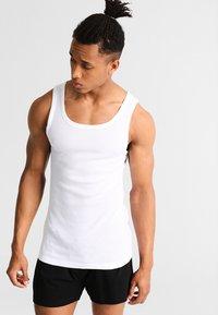 TOM TAILOR - 2 PACK - Camiseta interior - white - 1