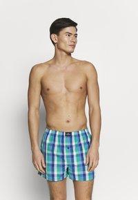 TOM TAILOR - 3 PACK - Boxer shorts - dark blue/blue/green - 3