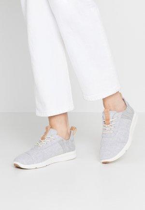 CABRILLO - Baskets basses - grey