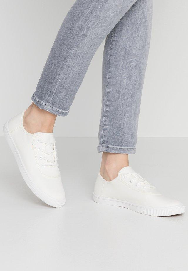 CARMEL - Trainers - white