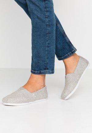 ALPARGATA - Domácí obuv - grey