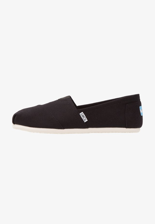 CLASSIC - Slip-ons - black