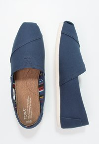 TOMS - CLASSIC - Instappers - navy - 1