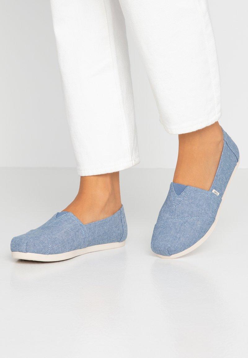 TOMS - ALPARGATA - Nazouvací boty - blue
