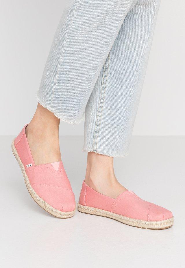 VEGAN ALPARGATA - Espadrilles - pink