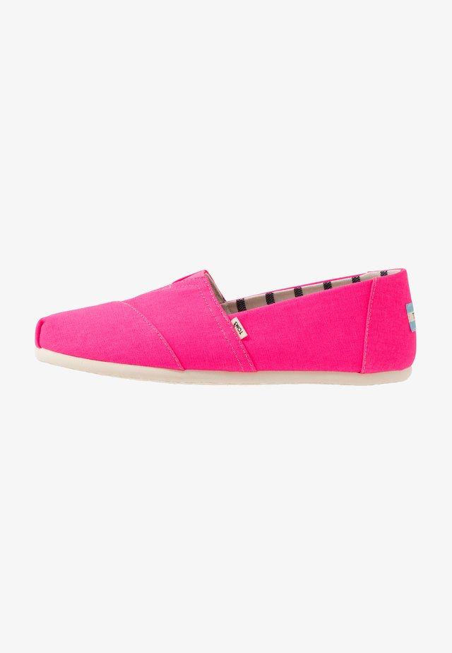 ALPARGATA - Nazouvací boty - pink