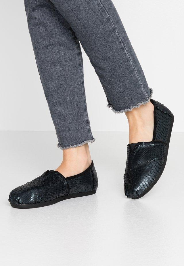 ALPARGATA - Nazouvací boty - black