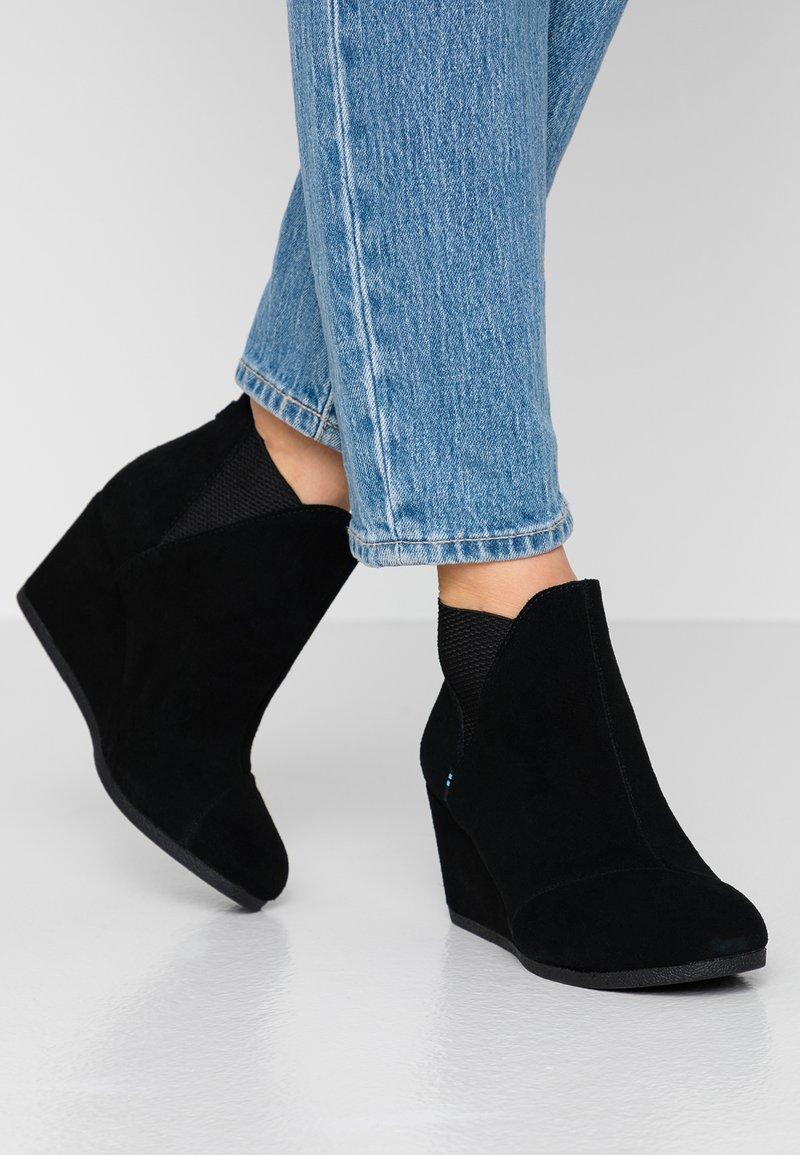 TOMS - KELSEY - Ankle Boot - black