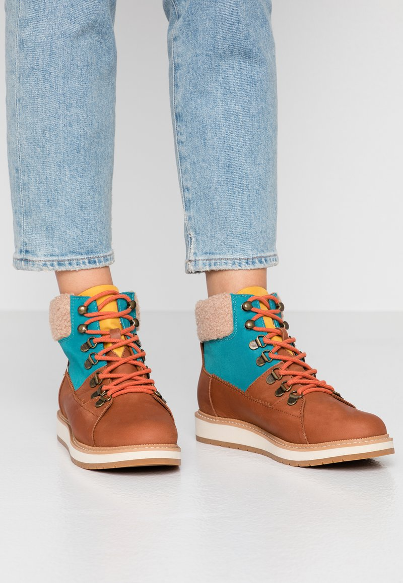 TOMS - MESA - Ankle Boot - brown