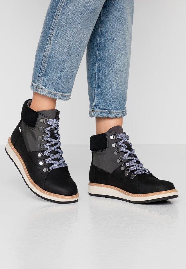 MESA - Kotníková obuv - black