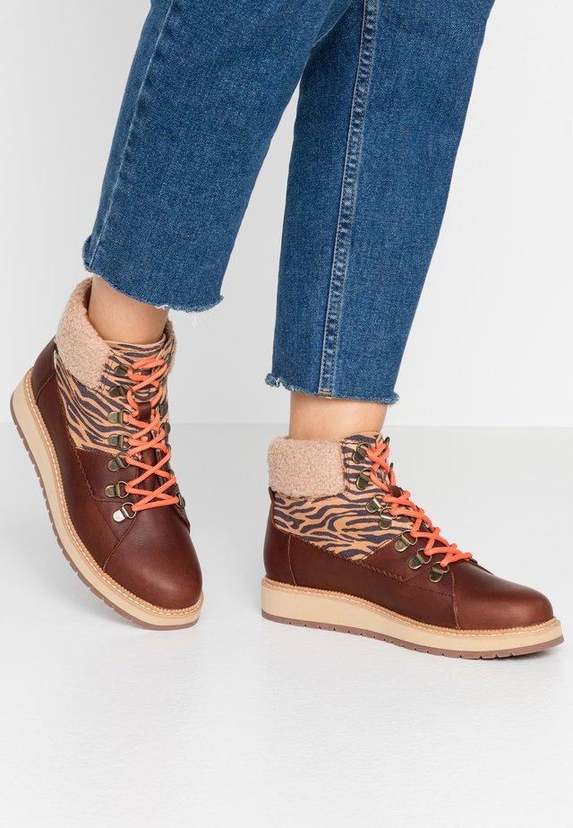 MESA - Korte laarzen - dark brown