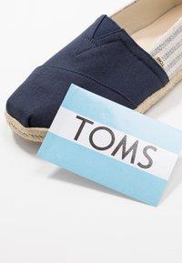 TOMS - UNIVERSITY CLASSICS  - Espadrilles - light grey - 5