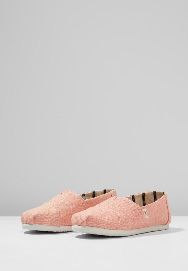 ALPARGATA - Nazouvací boty - coral pink heritage