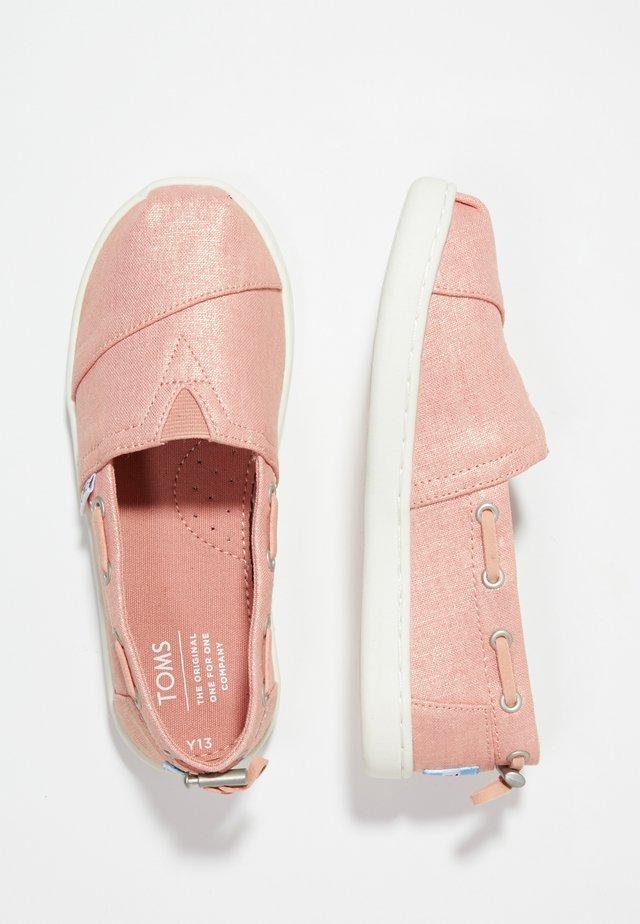 BIMINI - Nazouvací boty - coral pink shimmer