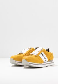 TOM TAILOR DENIM - Baskets basses - yellow - 4