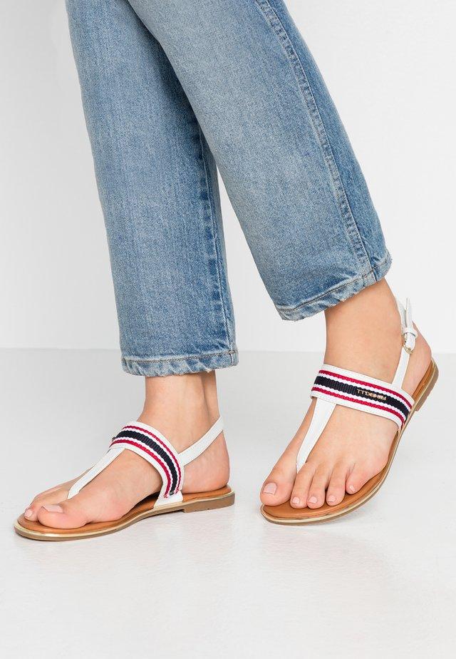 Sandály s odděleným palcem - egg