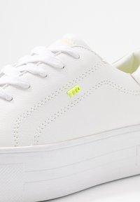 TOM TAILOR DENIM - Trainers - white - 2