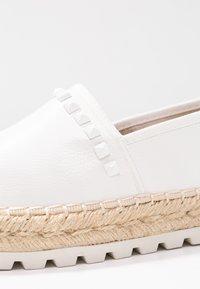 TOM TAILOR DENIM - Loafers - white - 2
